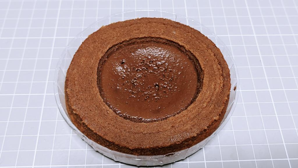ファミリーマート 生チョコを使ったチョコケーキのバウム
